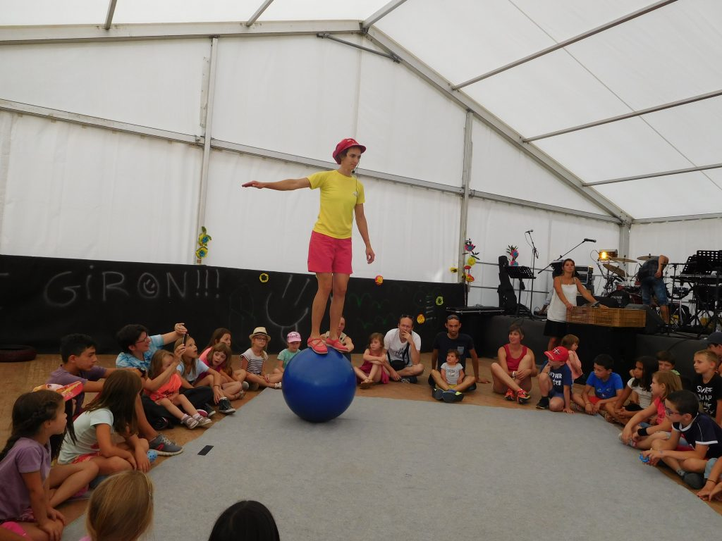 spectacle cirque Fleur
