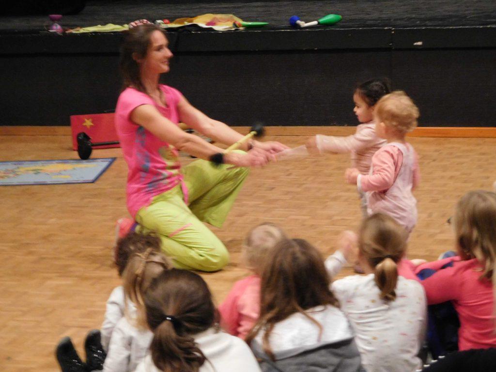 spectacle cirque petite enfance, jeune public, spectacle 0-3ans Bourg, Lyon, Mâcon