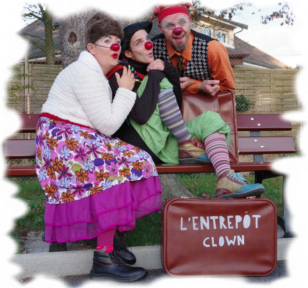 animation fête de village, improvisation, rires, clown, spectacle de clowns, Ain, Bourg, Ambérieu, Villars les Dombes