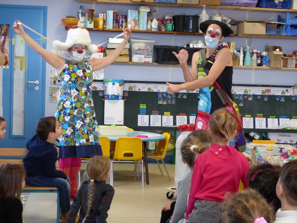spectacle clown école Ambérieu Meximieux Bourg
